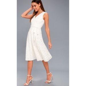 ca60c0ec7a76 Lulu's Dresses | Nwt Lulus Siana Sleeveless Lace Wrap Midi Dress ...